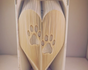 PATTERN: Paw Prints in Heart Book Fold Pattern