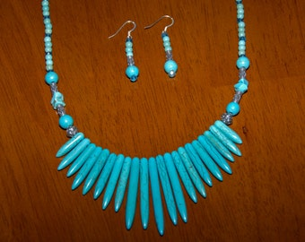 """21"""" Beach Coastal Theme Sterling Silver Fan Style Spiky Turquoise Bead Necklace"""
