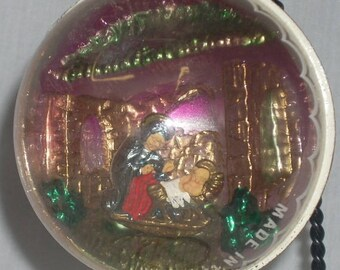 Vintage Nativity Diorama Plastic Christmas Ornament Italy