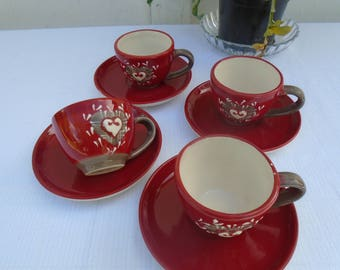 Set of 4 coffee cups - mugs - red white taupe - heart of snow - 80s espresso