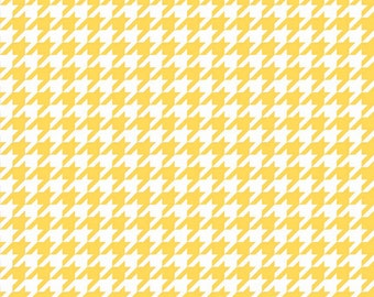 Yellow & White Houndstooth Fabric, Riley Blake C970-50 Medium Houndstooth, White and Yellow Houndstooth Fabric, Cotton Quilt Fabric