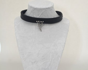 Recycled black leather Choker