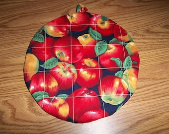 Red Apple, Quilted Pot Holders, Potholders, Hot Pads Round, Trivet Cotton, Double Insulated, Kitchen Decor, 9 Inches, Hostess Gift