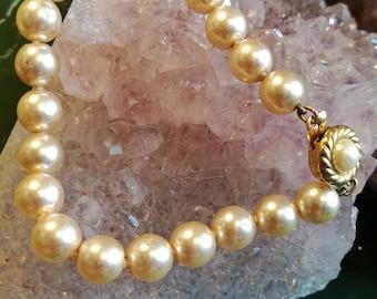 Bracelet, bracelet, gold, pearls, vintage, fashion jewelry