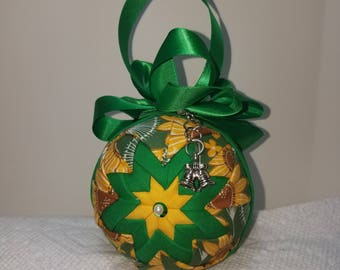 Sun Flower Ornament For a Bright and Cheery Table -