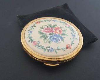 Vintage Kigu Powder Compact, Unused Powder Compact, Compact Mirror, Petit Point Compact, Pocket Mirror, Gifts for Her