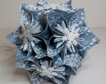 Small Kusudama Flower Ball Ornament (Snowflakes V9)