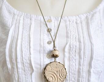 Beige ceramic necklace