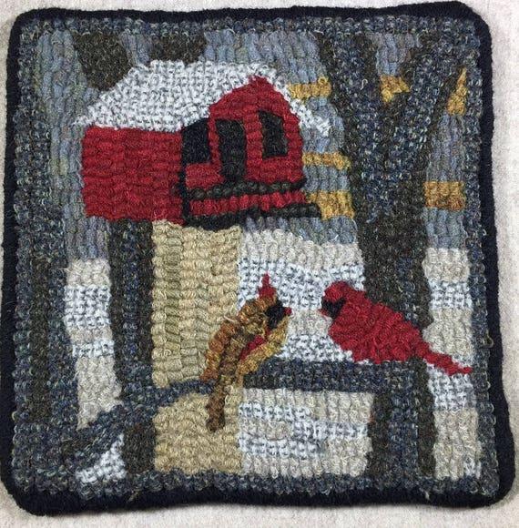 "Rug Hooking Pattern, Cardinal Birdhouse Mat, 8"" x 8""  P151"