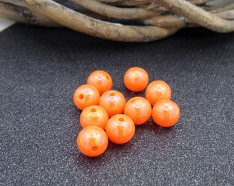 Orange 10 colored shiny acrylic beads 8 mm