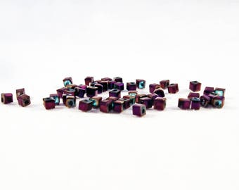 PCO36 - Set of 10 square beads cubic zirconia Violet Purple electric iridescent metallic 2mm crystal glass