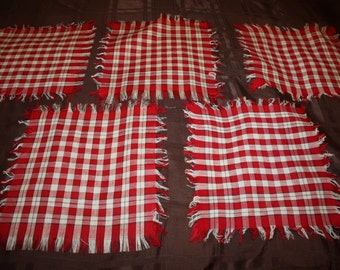 Red and White Linen Napkins