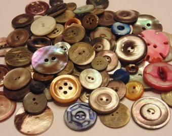 15 piece assorted dark and colored shell button mix, 9-22 mm (46)