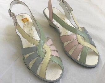 """Vintage Pastel Open Toe Sandal Heels with Back Strap // """"Spectrum by Selby"""" Label // Original Box Included // 70's Fashion"""