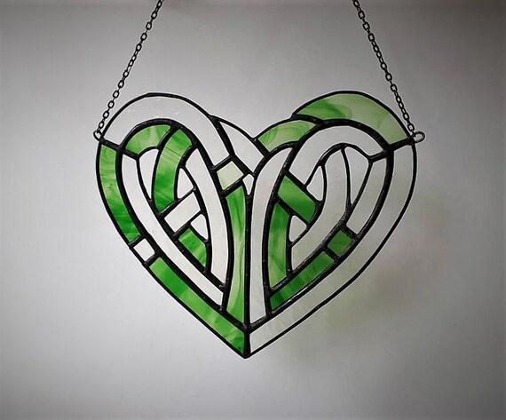 Irish Gaelic Celtic Knot Heart Claddagh Love Loyalty