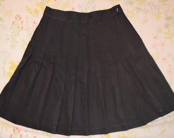 Pleated Black Mini Skirt S/M