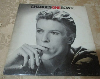 Vintage 1984 Vinyl LP Record ChangesOneBowie David Bowie Very Good Condition 16777