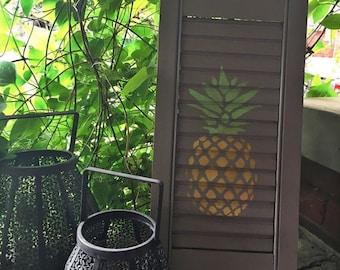 Pineapple shutter