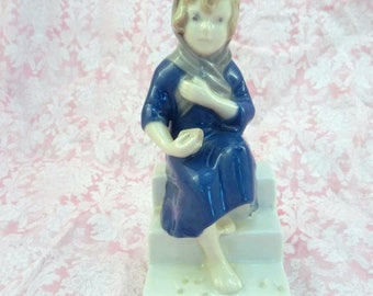 Vintage Girl on Steps Figurine Blue and White Peasant Girl with Bread 11767