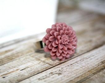 Flower Ring Raisin Color