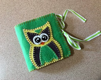 Wool Felt Needle Book Owl