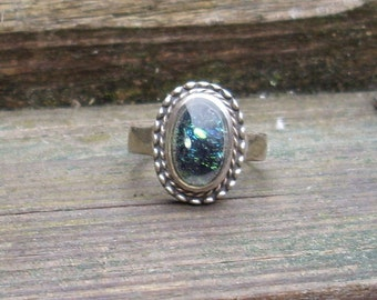 Green Glass Cabochon   Ring  Dichroic glass