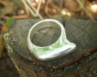 Silver lost wax cast one of a kind ring with a pointed beak design size 7 1/2