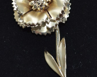 Pretty Vintage Gold tone Floral Brooch, Mint Condition