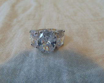 vintage joan rivers cz's statement ring sparkling sz.6 silver ring crystal clear cz ring