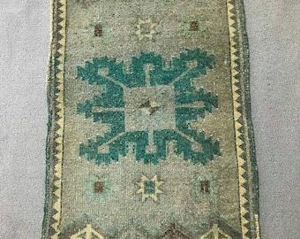 "1""8×3""1 ft/54×96 cm, gray small rug , vintage oushak rug, persian rug, moroccan rug, oriental rug, vintage turkish rug, low pile rug,"