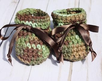 Camo Baby Booties - Newborn Camo Baby - Baby Boy Camo Booties - Crochet Camo Booties