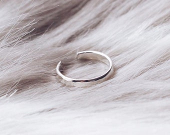E1158 Hammered Thin 2mm Ear Cuff, Sterling Silver or Gold Filled