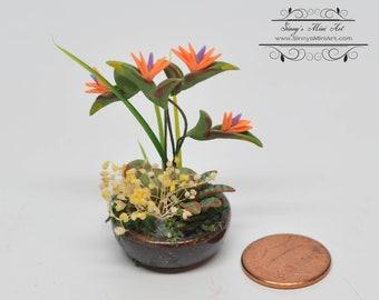 1:12 Dollhouse Miniature Bird-of-Paradise Flower Arrangement in Bowl / Miniature Flowers BD A1018