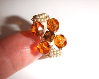 Ring faceted topaz and Golden seed beads