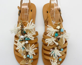 Tassel gladiators from leather, boho sandals,pompom Womens sandals,  Greek Leather sandals, white sandals, sandales boheme, leder sandalen