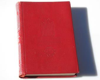 La Gloria de Don Ramiro by Enrique Larreta - Modern Literature in Spanish, Red Leather Book -