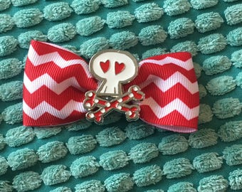 Minnie Mouse skull and crossbones hair bow clip