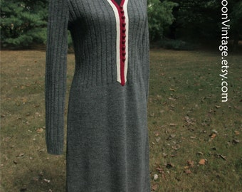 VINTAGE SWEATER DRESS, 1960s, Charcoal Gray, Red buttons White trim, knee length, ribbed knit, Mad Men, Mod schoolgirl retro, Fall/Winter, M