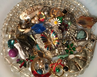 Vintage Jewelry Lot *Rhinestones*Enamel* Beads & Baubles *Craft*Jewelry Designers*
