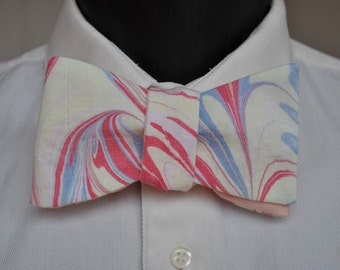 Curving Colorful Lines of Marbled Red and Blue Bow Ties for Men Classic Ties of Pastel Colors MM-#17-6