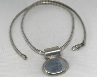 Vintage Sterling Silver 925 Oval Shaped Pendant With Silver Chain
