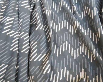 Tela de algodón indio gris Zig Zag