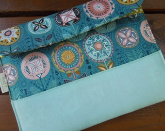 iPad cover with magnetic snap - iPad case - iPad sleeve - Tablet protection pouch - Girly iPad case - Flowers on teal
