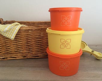 Tupperware storage set, 'Harvest' pattern