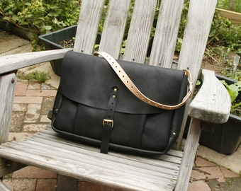 Traditional Styled Mail Satchel