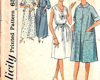 Pull Over Nightgowns Robes Raglan Sleeves Two Lengths Size Small 10 12 Vintage 1960's Simplicity 5001 Sewing Pattern Cut Complete