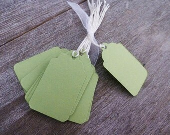 40 labels medium size green and cotton Twine