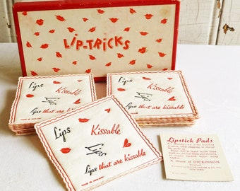 Mid-Century Lipstick Blotter Tissues, Original Box - 1960s Lip-Tricks Make-up Pads - Freund Mayer Co, Made in England, Bathroom Vanity Decor