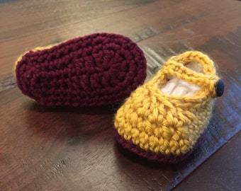 Baby girl wizard photo prop set, knit scarf, crochet shoes, Mary Jane flats, red and yellow, maroon and gold, sorcerer, baby shower gift