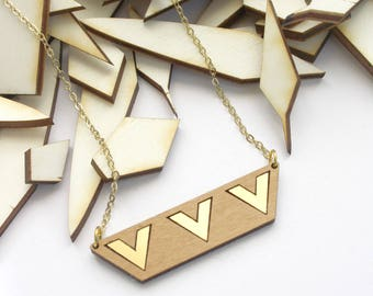 Geometric necklace in wood, gold color chevron pattern, natural gift, minimal, modern art deco style, women jewelry, jewel for nature lovers